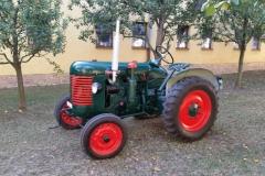 Traktor Zetor 15 (2)